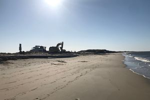 Stage Harbor Dredging Hardings Beach Nourishment 8